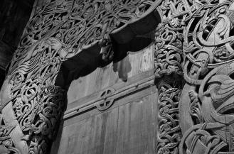 Portalen til Hedalen stavkirke